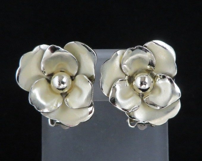 Coro Flower Earrings, Vintage Gold Clip on Earrings, Brushed and Polished Floral Summer Jewelry