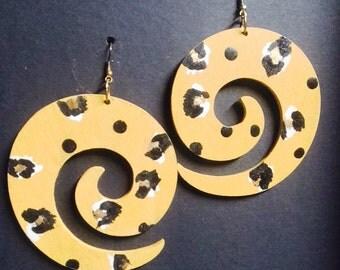Golden Mustard Yellow Leopard Swirl Earrings