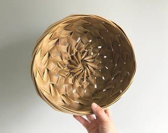 Woven Palm Basket Bowl / Palm Leaf Basket