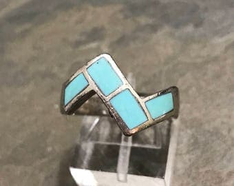 Size 7, vintage Sterling silver handmade ring, solid 925 silver with geometrical turquoise inlay, stamped sterling DP