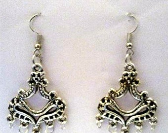 Silver Plated Metal Chandelier Earrings & Corded Necklace