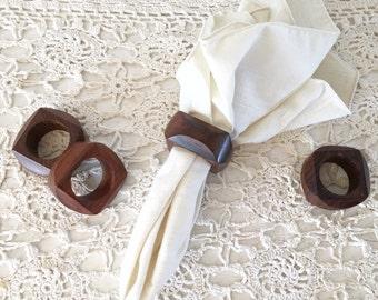 Vintage Wood Geometric Napkin Rings|Mid Century Wood Napkin Rongs|Vintage Wood Serving Accessories|Vintage Serving
