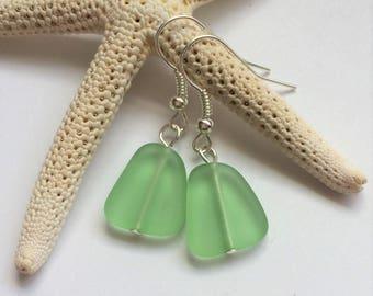 Small Peridot Green Sea Glass Earrings,Sea Glass Jewelry,Seaglass Jewelry,Beach Glass Jewelry,Beach Glass Earrings,Beach.Free Shipping