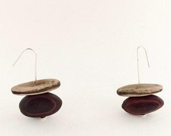 Minimalist Earrings - Brown bead and Seed
