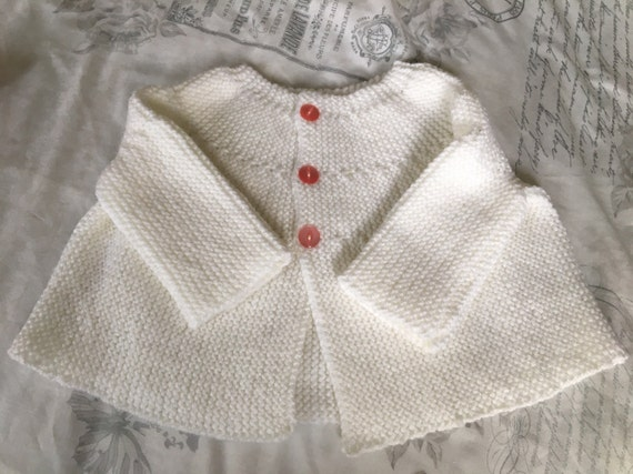 Baby Girls hand knitted white cardigan age 0-3 months