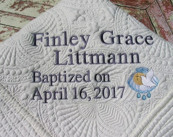 Personalized baby quilt, Personalized Quilt, Baptismal Quilt, Christening Quilt, Baby Quilt, Quilt, Monogram Quilt, Baby Blanket, Baby Gift