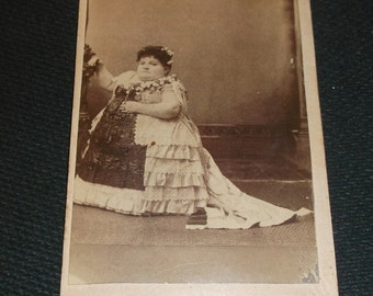 Barnum circus sideshow freak, Carrie Akers the fat Midget. Rare carte-de-visite or CDV