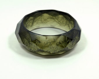 Vintage Costume Jewelry Confetti Lime Green Lucite Bangle