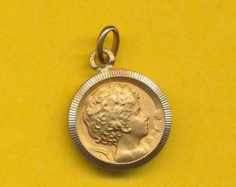 Art Nouveau Tiny French gold plated Art Medal charm pendant Portrait little Boy   (ref 0834)