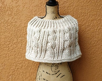 CROCHET PATTERN - Chunky Cabled Capelet, Women's Shoulder Cozy Pattern, Women's Capelet Pattern, Cable Crochet Pattern, Chunky Crochet Patte