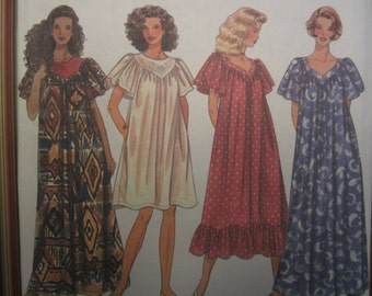 Pullover Dress or Loungewear Dress Simplicity 9400 Misses Sizes 6 through 16