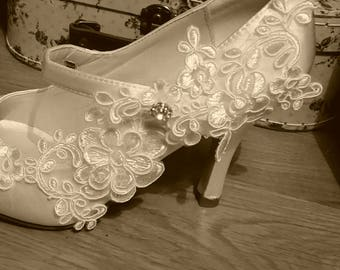 Bridal white ivory wedding shoes mary jane style with floral lace detail designer heels 'Petal'