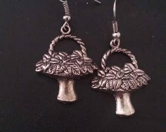 Flower Basket Earrings, Flower Earrings, Basket of Flowers, Floral Jewelry, Women's Jewelry, Flower Earrings