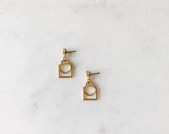 1980's Dead Stock Vintage Miniature Chandelier Square Drop Gold Earrings