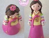 Custom Gumpaste Hanbok Fi...