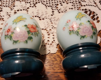 Avon, vintage cologne figures , egg shape