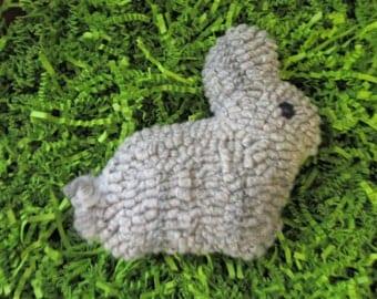 SALE Primitive Hooked Rug  Easter Bunny Rabbit Bowl Fillers,Lite Gray with dark gray  Folk Art
