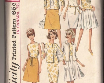 Simplicity 5927 Misses' One-Piece Dress or Bolouse, 2 Skirts and Jacket. Size 16, bust 36 Vintage 1965