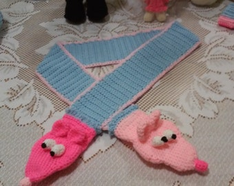 puppet scarf for young child