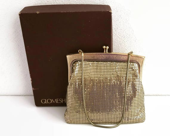Gold mesh purse, Glomesh brand, original box and store card, cross hatched gold frame with kiss lock, snake chain handle, Australia, 1979