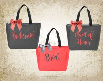 bridal totes, monogrammed tote, personalized tote, bridesmaid gift, bridesmaid tote