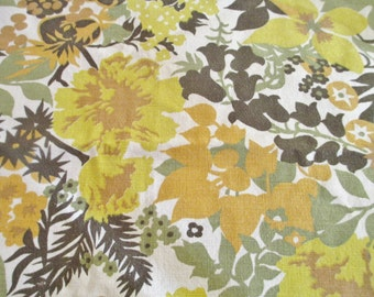 Vintage Floral Tablecloth, Mod Flower Tablecloth, Orange Yellow Flowers Table Linen, Flower Power Tablecloth, 1970's Table Cloth, 57 x 78