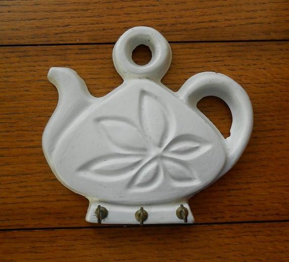 Chippy White Teapot Key Hanger Cottage Wall Decor Chalkware