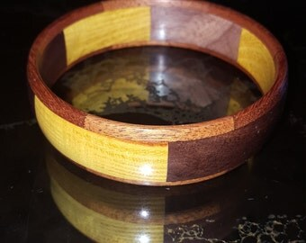 Handcrafted Natural Yellow Heart and walnut wooden Bangle