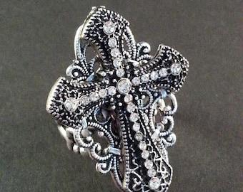 Cross Ring - Gothic Ring - Victorian Ring - Biker Jewelry - Dawn Santucci - Metal di Muse