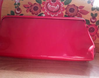 Vintage 50's 60's Shiny Lipstick Red Faux Patent leather Clutch purse with chain