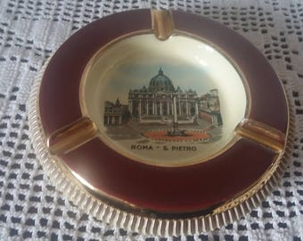 Ashtray porcelain Oto Roma remember Vatican nice quality