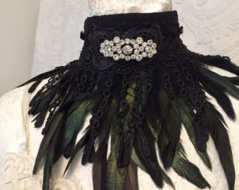RAW RAGS Black feather  choker