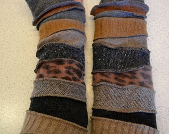 Katwise inspired lined Armwarmers / wristwarmer / fingerless gloves in brown and grey wool