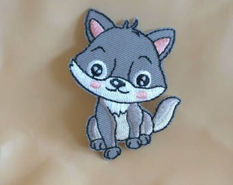 Wholesale lot 6pcs   embroidered  cartoon puppy iron  on patch 4x6cm