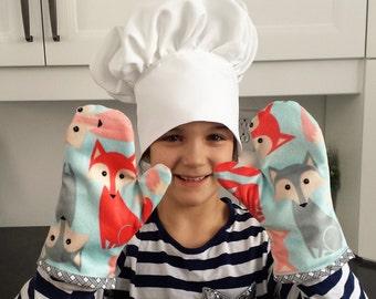Gloves kitchen, Kid's chef hat. Toque for kids.
