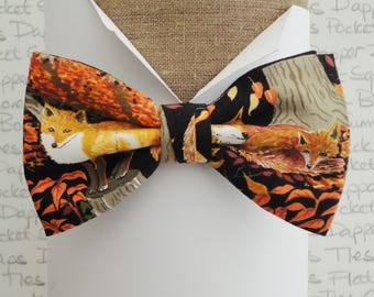 Bow tie, foxes print on black bow tie, hunting bow tie, bow ties for men