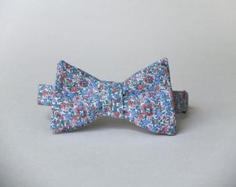 Springtime Floral Bow Tie || 100% Vintage Cotton