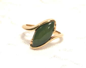 Vintage Sarah Coventry Genuine Jade Gold Ring Size 7 1/2