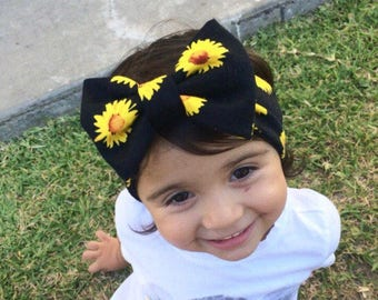 Bow Turban| Daisy flowered headband with white bow