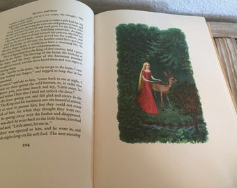 Vintage Book Titled Grimm's Fairy Tales by Louis and Bryna Untermeyer