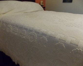 Bates George Washington's Choice Cotton Candlewick Full/Queen Bedspread Fringed USA Made 96 x 109
