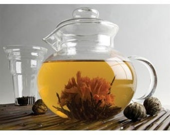 LAST ONE   Glass Tea Pot with Flowering Tea Samples