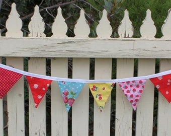 Summer Fruits Double-sided 12 Flag Fabric Bunting.