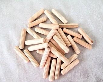 Wooden Dowels, Wooden Craft Dowels Set Of 30, Wooden Plug Dowels, Little Wood Plugs, Wooden Craft Plugs