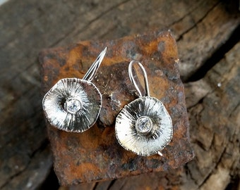 Small silver earrings, Sterling Flower earrings, small dangle earrings, small sterling silver earring, unique silver earring, flower earring