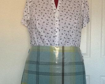 Oilcloth waist apron and hand cloth