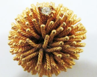 Exotic Vintage 1950s Marked Boucher Gold Toned Sea Anemone Pin