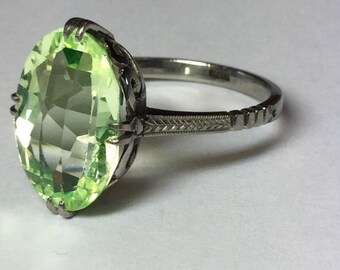 Vintage White Gold Art Deco Synthetic Peridot Ring