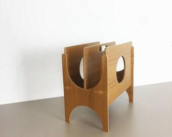 minimalistic 70s danish walnut magazine rack design made in Demark   kai kristiansen   Kjersgaard   eames panton era