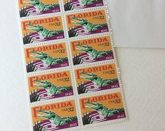 10 Florida alligator vintage 32c unused US postage stamps - orange